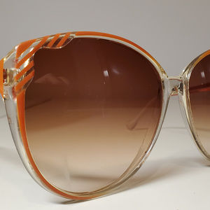 Anne Klein Vintage Sunglasses Made in Italy